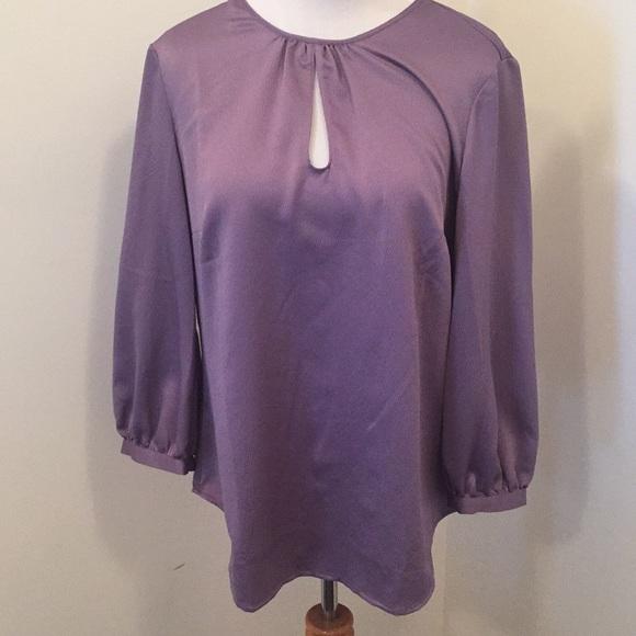 Ann Taylor Tops - Ann Taylor long sleeved top